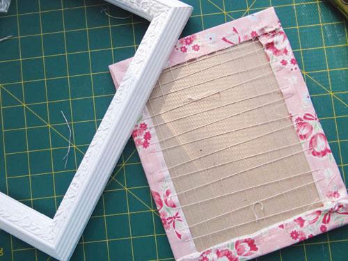 Cameo Embroidery Frame
