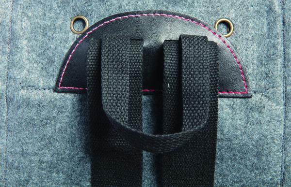 road test aster and anne felt bag kit back detail