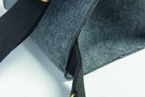 road test aster and anne felt bag kit handle in seam