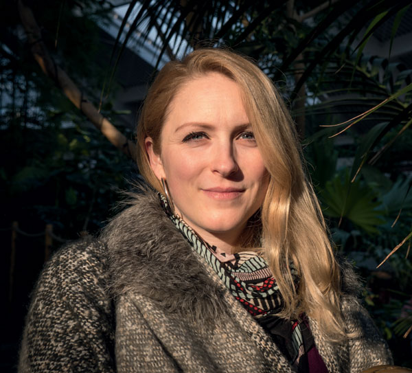 Lauren Porter 1 knitting